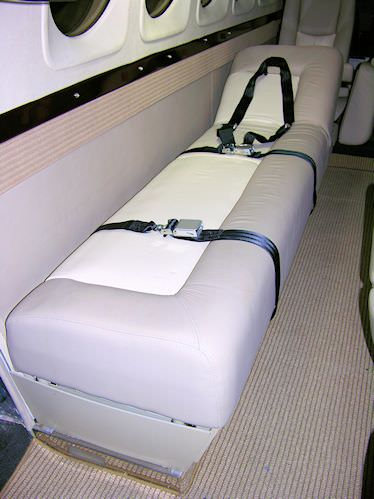Increase the utility and functionality of your King Air with an AvFab 4 place Divan/Stretcher that allows you the option of carrying either passengers or a patient on the same divan. This conversion can easily be done with the divan/stretcher still in the
