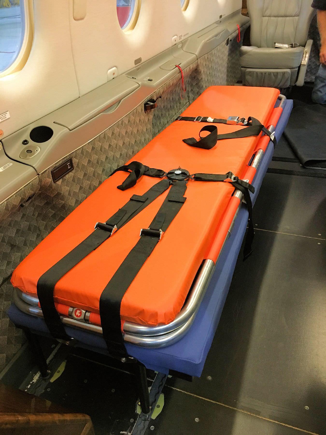 Pilatus Pc 12 Medical Stretcher Rh 62 0428k Pilatus Pc